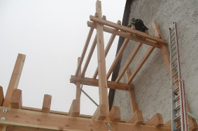 Balkone und Holzterassen